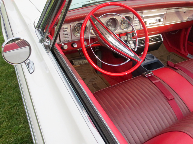 interior-of-vintage-dodge-convertable-barrie-car-show