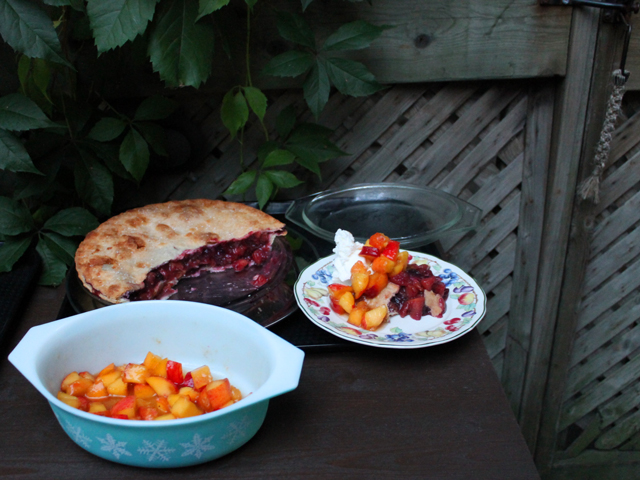 seasoned-peaches-and-ontario-peach-and-blueberry-pie-for-dessert
