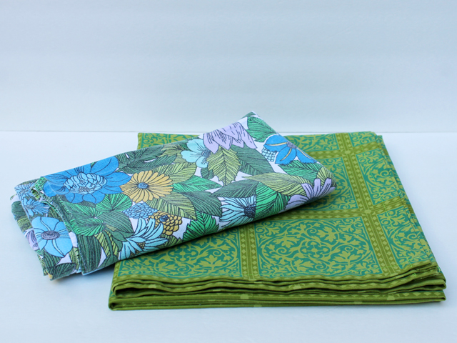 vintage-cotton-tablecloths-from-thrift-store