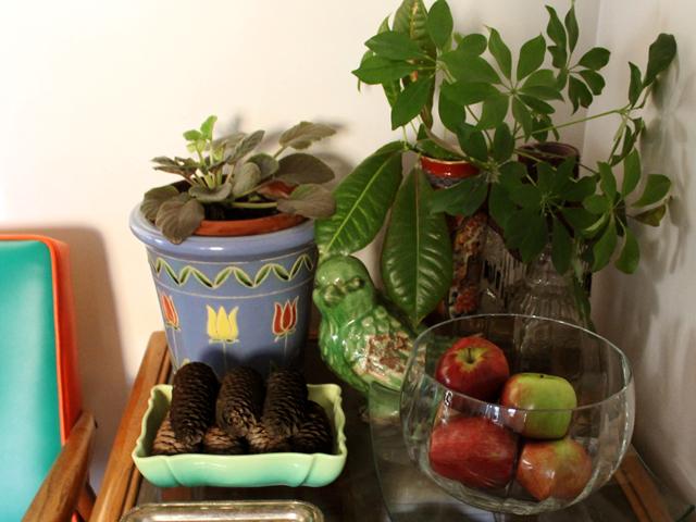 autumn-decor-with-apples