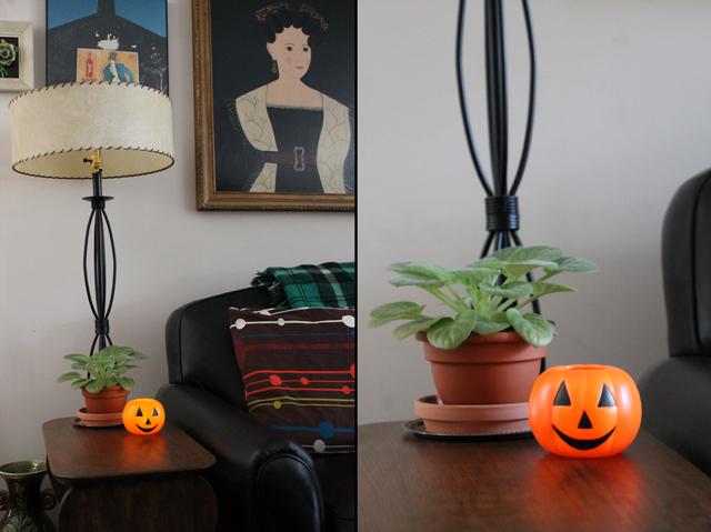 small-vintage-halloween-jackolantern-blowmold