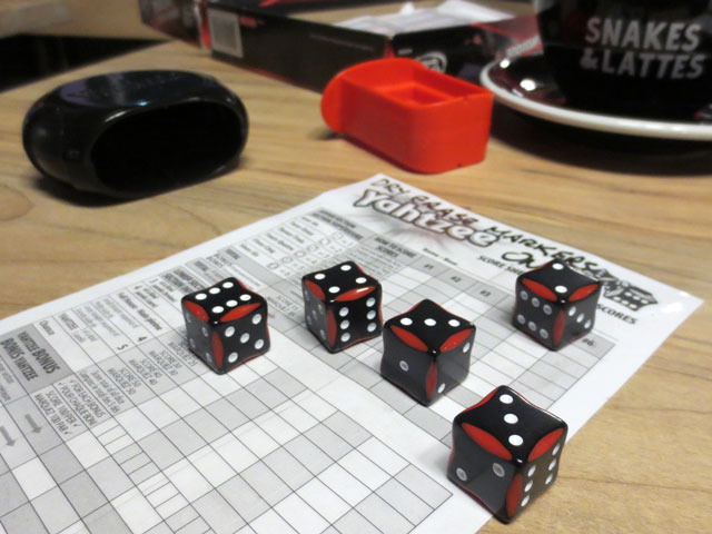 yahtzee-at-snakes-and-lattes-game-cafe-college-street-toronto