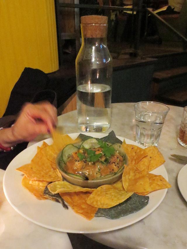 tuna-with-yuzu-and-soya-sauce-at-carmen-restaurant-toronto