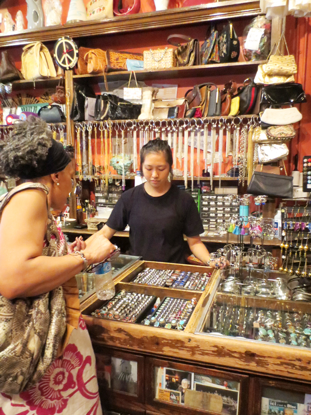 cases-of-vintage-jewellery-courage-my-love-kensington-market