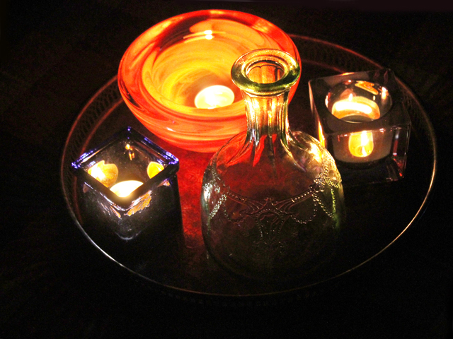 candles-in-coloured-glass