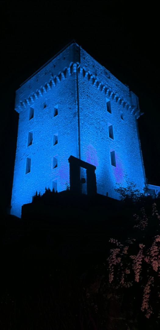 chateau bleu