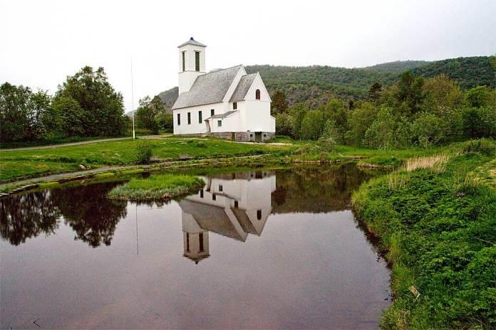 Melbu kirke