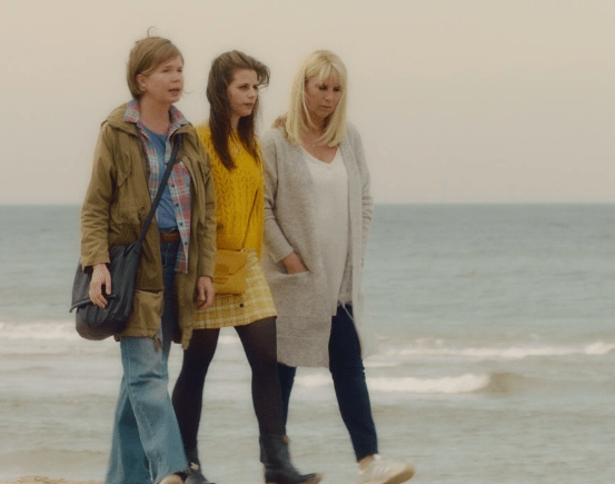 love2try.nl Filmrecensie April. May en June
