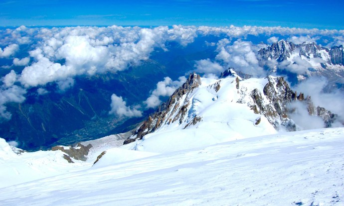View from Mont Blanc summit © LoveAdventures