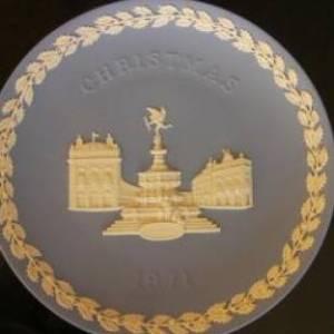 ウェッジウッド ペールブルージャスパー 1971年度 クリスマスプレート