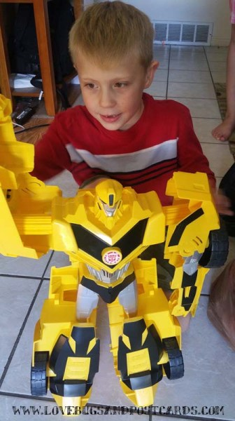 Transformers: Robots in Disguise Super Bumblebee