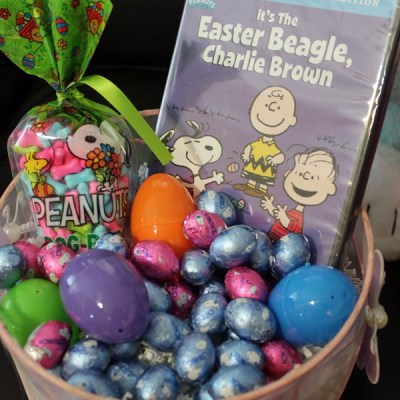 Celebrate Easter with the Easter Beagle & Peanuts {Giveaway} #EasterBeagle