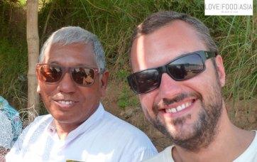 Ich und ein Tourguides in Inwa