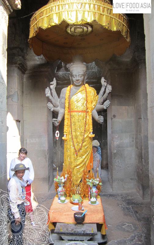 Statue bei Angkor Wat