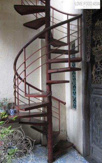 Die Stufen zur Dachterasse