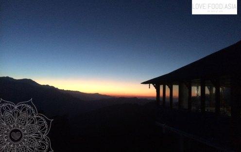 Sunrise in Tadapani