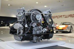 4-cam engine