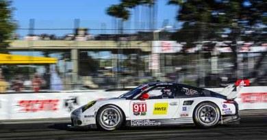 Porsche 911 RSR (912), Porsche GT Team: Earl Bamber, Laurens Vanthoor