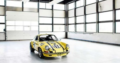 Restored Porsche 911 ST at Techno Classica
