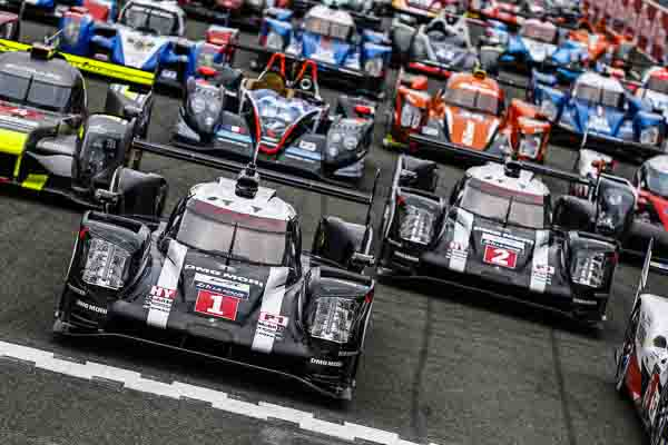 Le Mans 2016 grid with the Porsche 919 defending the title