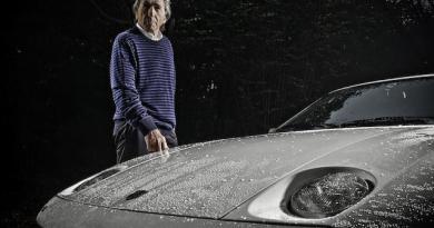 ex Derek Bell Porsche 928