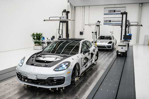 Quality Centre Porsche Leipzig - Cubing Panamera