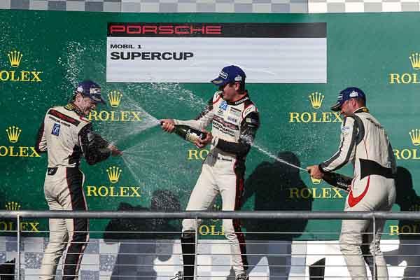 Sven Müller (D) Mathieu Jaminet (F) Robert Lukas (PL) Porsche Mobil 1 Supercup Austin 2016