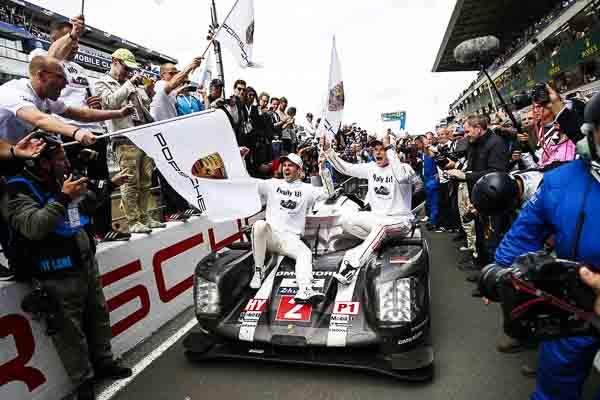 Le Mans (F) 2016: Porsche Team: Romain Dumas, Marc Lieb (l-r)