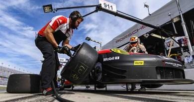 Porsche 911 RSR, Porsche GT Team (911): Patrick Pilet, Frederic Makowiecki, Dirk Werner,