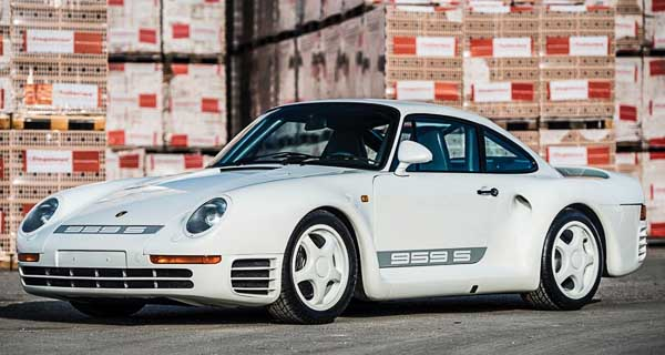 World record price for a Porsche 959S at the 2017 RM Sotheby Auction in Paris - Retromobile