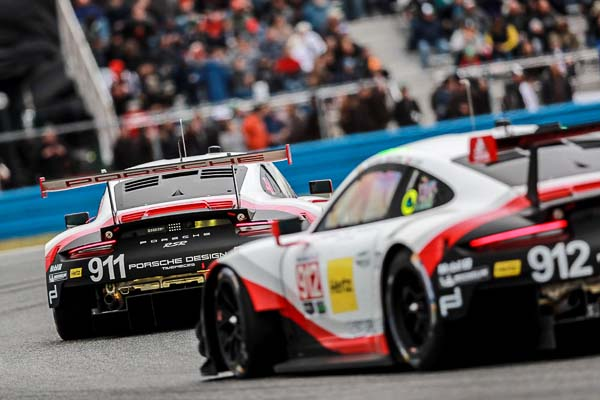 Porsche 911 RSR Sebring 12H