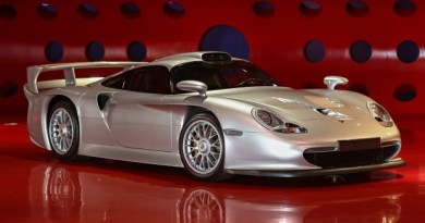 Porsches at the Amelia Island Auctions 2017 The results Porsche 911 GT1 Strassenversion