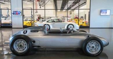 Porsche Experience Center Los Angeles