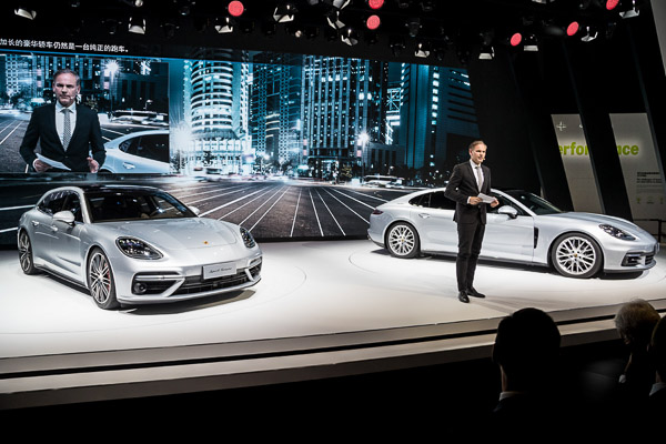 Auto Shanghai 2017: Oliver Blume, Chairman of the Executive Board of Porsche AG, presenting the Panamera Sport Turismo and the new Panamera Executive (China only).
