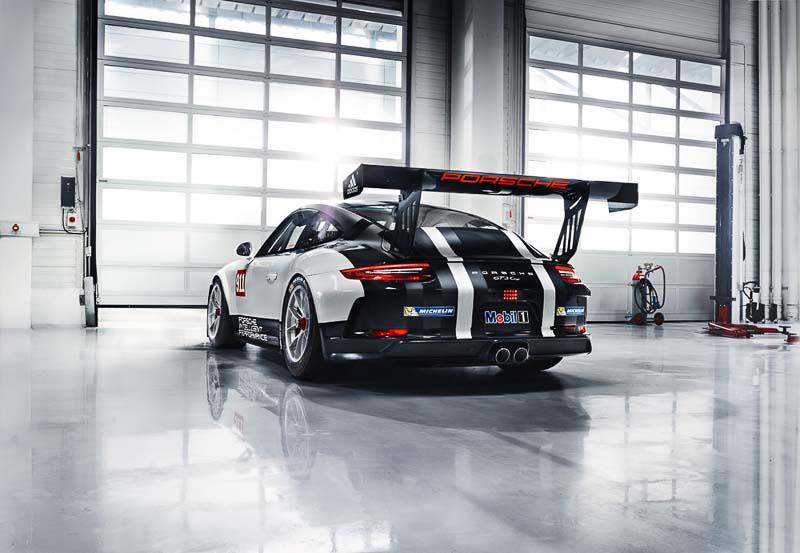 Basic race car for new Porsche Racing Experience: Porsche 911 GT3 Cup (991)