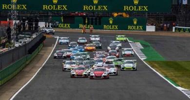 Start, Dennis Olsen (N), Dylan Pereira (L), Michael Ammermüller (D), Josh Webster (GB), Porsche Mobil 1 Supercup Silverstone 2017