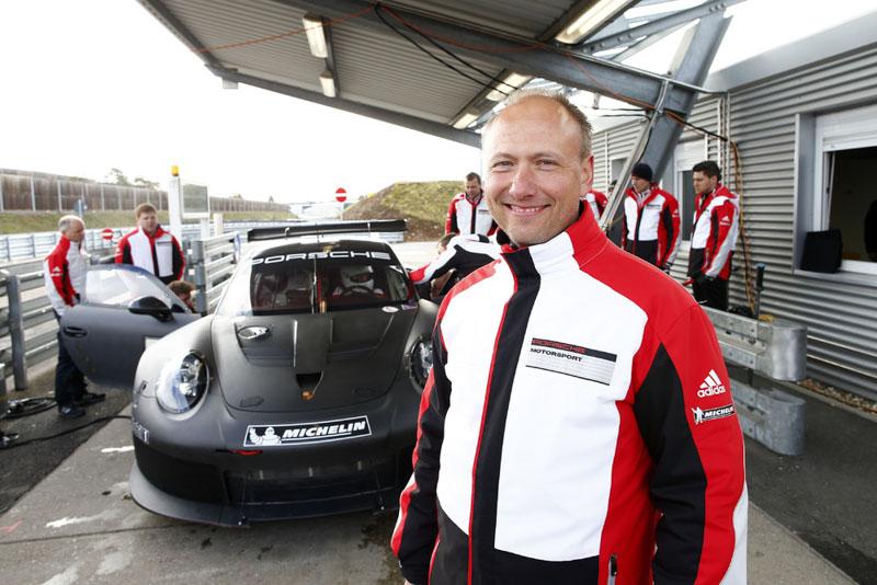 Development of the new Porsche 911 RSR