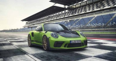 Porsche 911 GT3 RS with Weissach Package