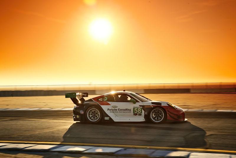 Porsche 911 GT3 R (58), Wright Motorsports: Patrick Long, Christina Nielsen, Mathieu Jaminet, Robert Renauer