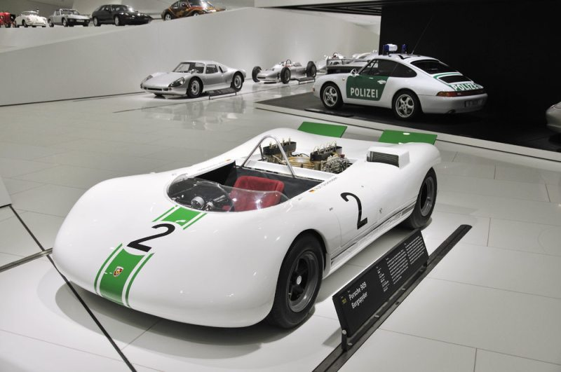 The Porsche 909 Bergspyder from 1968 will run on the famous Hillclimb in Goodwood at the Festival of Speed