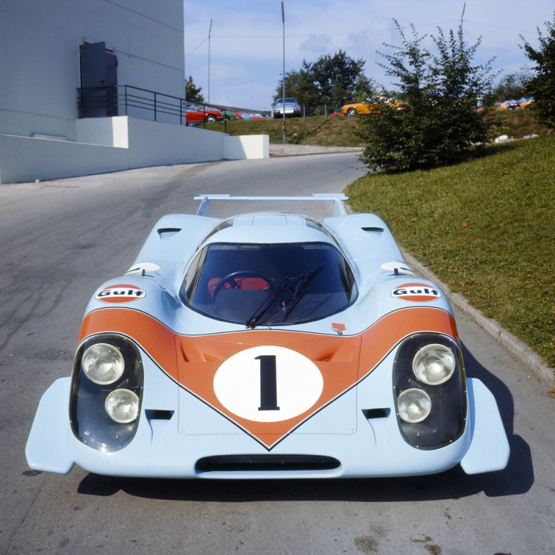 Afterwards the first 917 - again used as a presentation vehicle - was refinished in the brand colours of US oil company and sponsor, Gulf - light blue and orange