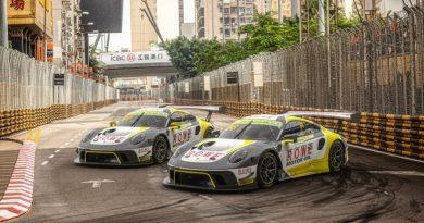 Porsche 911 GT3 R, ROWE Racing (98), Earl Bamber (NZ), ROWE Racing (99), Laurens Vanthoor (B) - FIA GT Macau