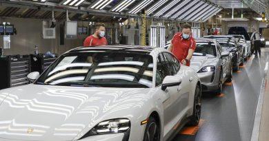 Porsche restarts production May 4 2020