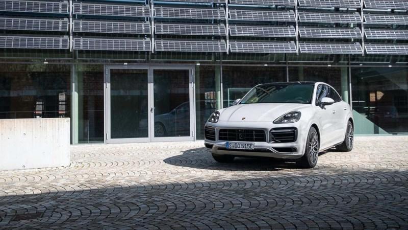 Range Porsche Cayenne E-Hybrid