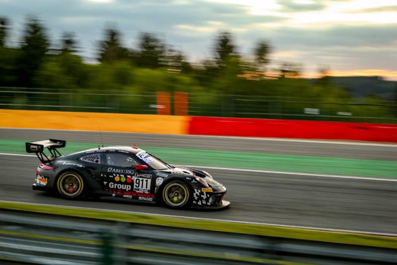 Porsche 911 GT3 R, Herberth Motorsport (#911), Daniel Allemann (CH), Antares Au (GB), Alfred Renauer (D), Robert Renauer (D) 2
