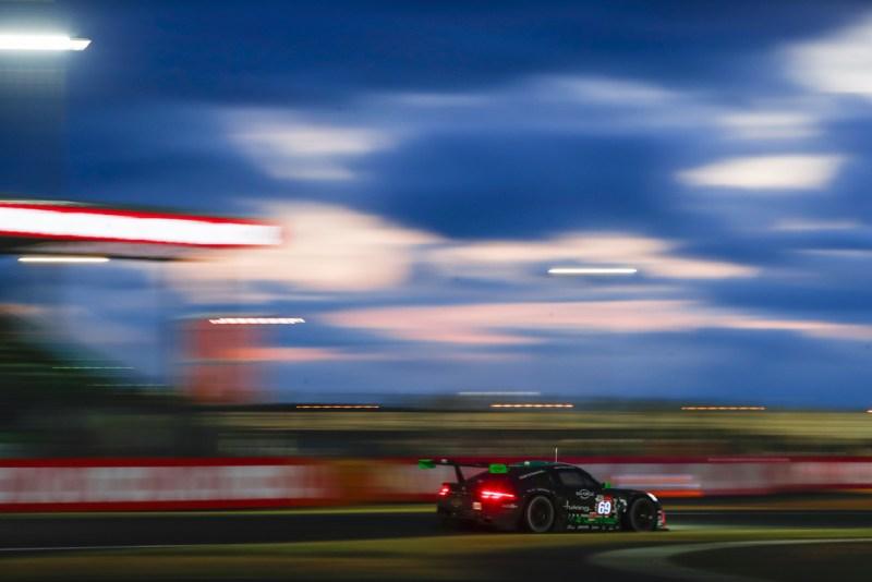 Porsche 911 RSR, Herberth Motorsport (#69), Robert Renauer (D), Rolf Ineichen (CH), Ralf Bohn (D)