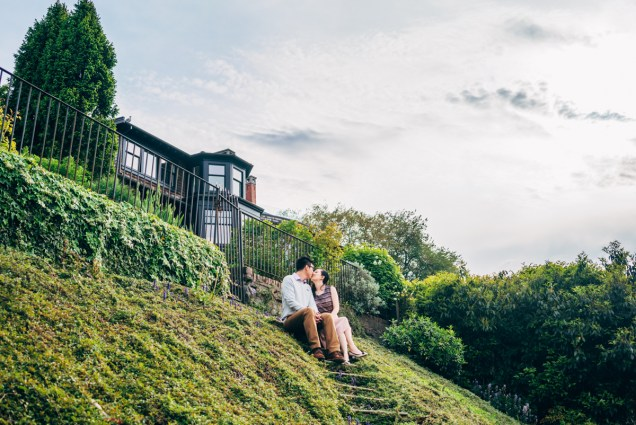kitsilano engagement photography photo shoot vancouver residential kiss