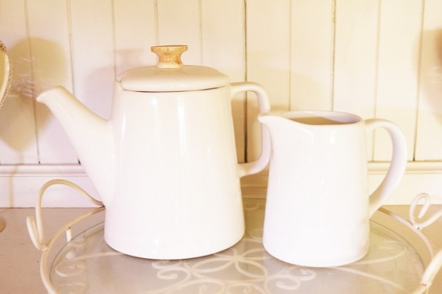 French style white coffee pot