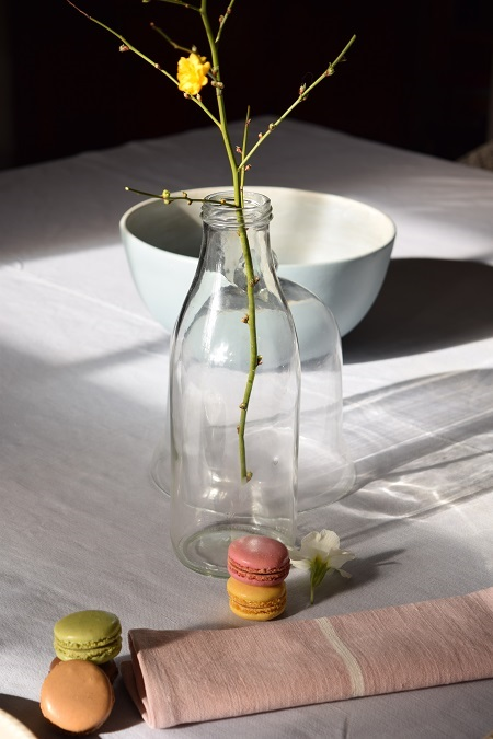 Rustic French table setting with pastel colours