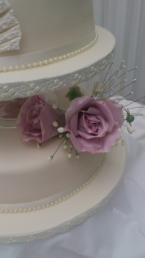 Simply Sweet wedding cake 29
